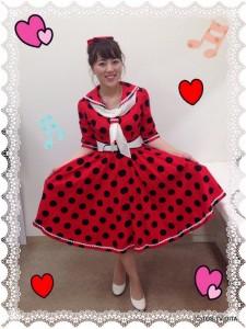 別府市のヒットパレードクラブからの中継は、御手洗アナ♪ 真っ赤なドレスがお似合いです! ノリノリな中継でした☆
