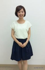 井下育恵キャスター 衣装協力:Pate * bloom garden(ゆめタウン別府2F)