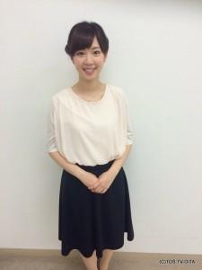 井下育恵キャスター 衣装協力:Rccat(ゆめタウン別府2F)