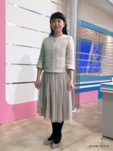野島亜樹キャスター 衣装協力:青(大分市金池町)